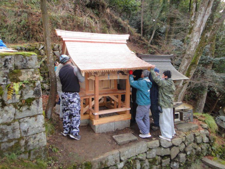 諏訪神社の修繕